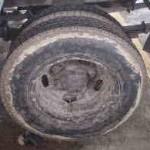 大型トラックのWタイヤの仕組み