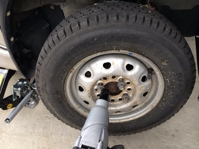 タイヤ代を安くあげる方法