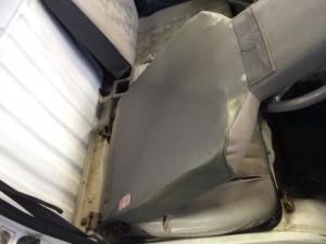 minicab-u42t-seat-koukan3