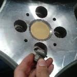 アルミホイールは必ず増し締めをするように。タイヤのネジが外れる可能性有り