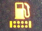 フューエルフィルター/燃料・水分離器水位警告灯