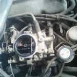 ボンゴ F8エンジン不調の原因はバキュームホースの亀裂だった