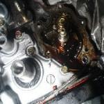 迷うオイル漏れ修理