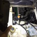 自動車整備の作業灯はこれで十分。よく壊れる充電式より乾電池式をお勧めする理由