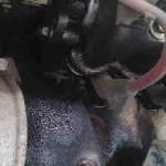 激しいエンジンオイル漏れの洗浄方法
