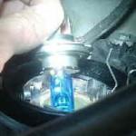 ワゴンR ヘッドライトバルブ交換