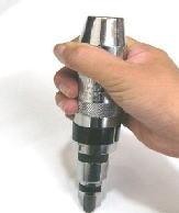 ショックドライバー インパクトドライバーとも言われる固いネジを外す工具