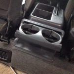 サンバーバン TV2 後部座席のカップホルダー取り付け