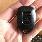 ダイハツの電池交換できないキーレスを分解・検証。電池交換はできないのか?