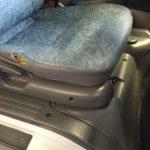 キャンター 運転席シートクッション交換 FE52CB