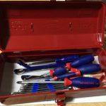 出張用の工具箱が欲しかったので、懐かしの工具箱と安い工具を買ってみた