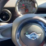 BMW MINIの純正オイルは最長3万km?社外オイルと純正オイルの交換などについて考える