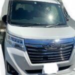 トールのフロントガラス交換は15万オーバー!自動ブレーキ付き車は車両保険へ加入を!